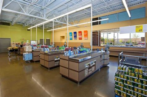 aldi grocery stores parkway construction