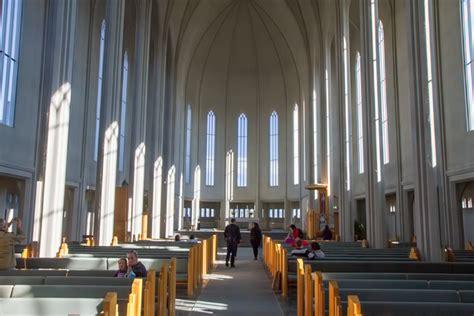 Charming Church Pews #8: Hallgr%C3%ADmskirkja%2014%2020130620%20for91days.com.jpg