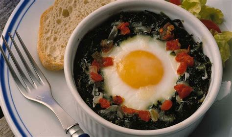r eggs carbohydrates baked eggs spinach egg