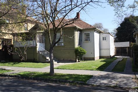 Garage Sales In Stockton Ca by 740 Commerce St Stockton Ca 95202 Pending Sale