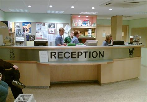 Veterinary Reception Desks Bespoke Office Furniture Custom Made Reception Desks Shopfitters Manchester Contemporary