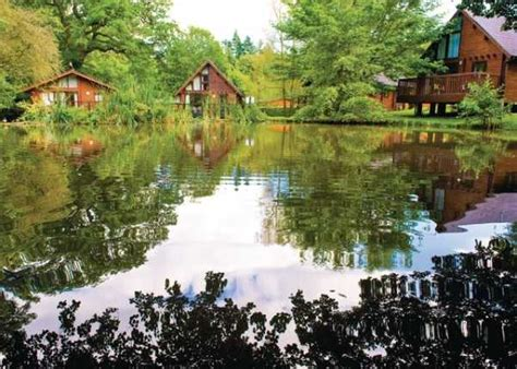 Log Cabins In Gloucestershire by Log Cabin Holidays In Gloucestershire Guest Travel Writers
