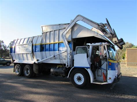 truck california garbage trucks of bonita california