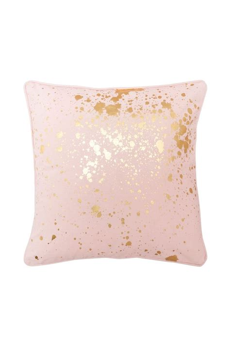 pink bedroom cushions 25 best ideas about pink gold bedroom on pinterest