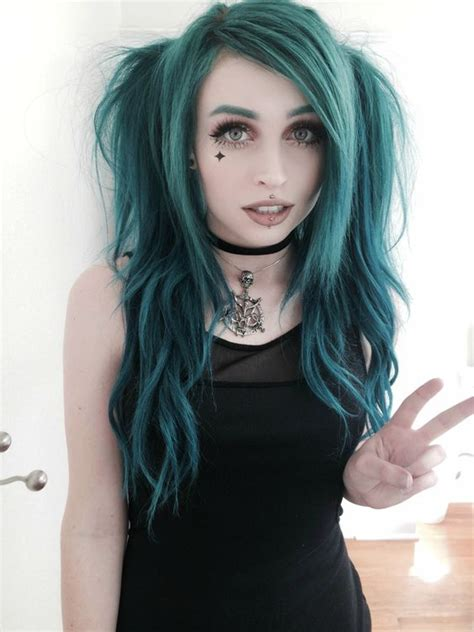 Good Color Pairs by Cute And Creative Emo Hairstyles For Girls Emo Hair
