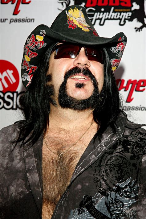 vinnie paul picture 1 revolver golden gods awards