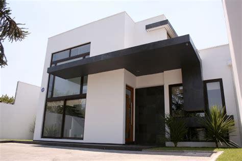 imagenes de casas minimalistas de dos pisos fachada de casa de dos pisos en blanco y negro fachadas