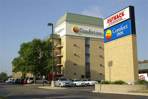 comfort inn by the airport comfort inn airport hotels in bloomington mn near