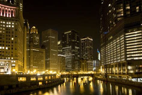 chicago haunted boat tours editor picks best chicago river boat tours