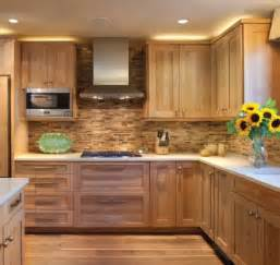 hickory shaker style kitchen cabinets best 25 hickory cabinets ideas on