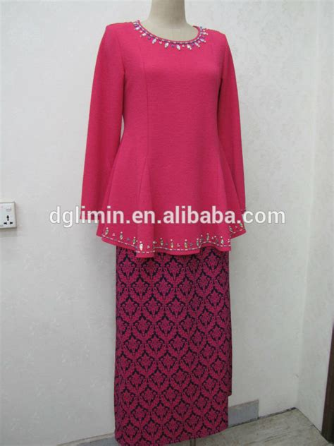 Hem Bunga Pink polos merah muda kebaya bunga merah sarung manik manik leher manik manik hem baju kurung dengan
