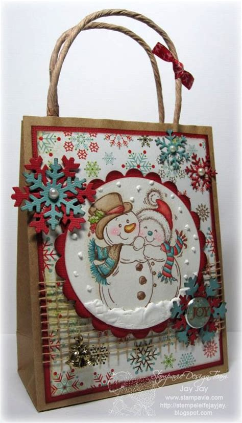 xmas decorated brown paper bags best 25 decorated gift bags ideas on paper bags cheap bags for water