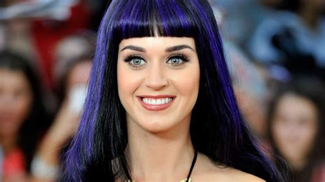 bio katy perry para twitter katy perry s twitter account hacked to tweet taylor swift