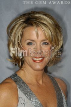 pictures of diane norvilles new haircut style on pinterest sunglasses women kevin costner and