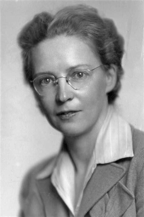 Elsie MacGill - Wikipedia