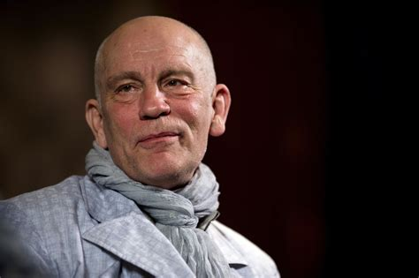 actor john actor john malkovich comes to rescue of bleeding man in