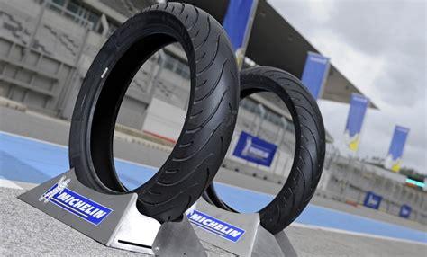 Toko Ban Motor Michelin Surabaya jual paketan ban motor matic merk michelin 110 80 m45 90 80 pilot tio jaya motor toko