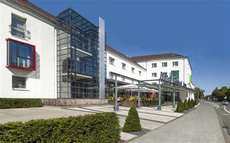 hotel global inn wolfsburg hotel global inn autostadt wolfsburg mit brauertafel