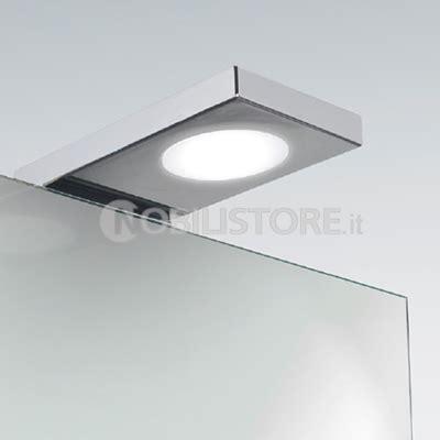 illuminazione led per specchio bagno illuminazione a led per bagno