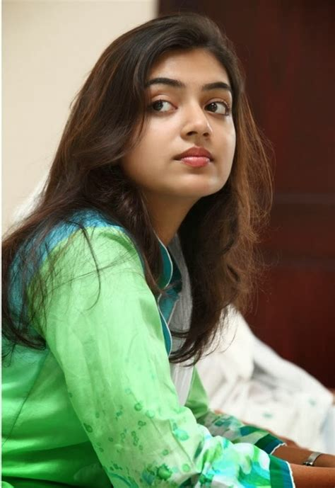 actress nazriya photos download guru actress hot actress nazriya nazim latest unseen images