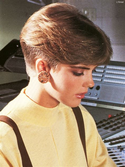 1980s nape haircut inspired by the pageboy