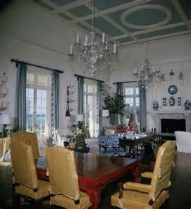 Babe Paley's home in Lyford Cay   Am I Blue?   Pinterest