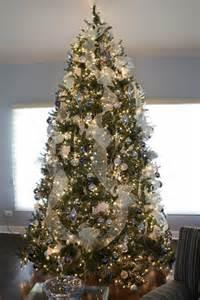 Exceptionnel Idee De Decoration De Sapin De Noel #3: deco-elegante-sapin-Noel-moderne.jpg