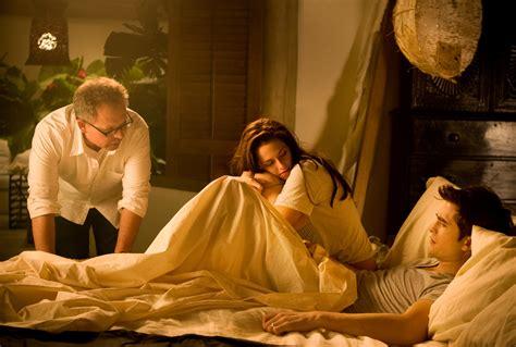 imagenes de bella y edward haciendo el amor queen of the desert added to the berlin film festival