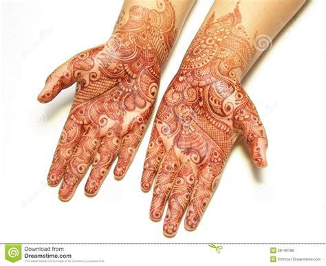 peinture de henn 233 sur des mains photos libres de droits