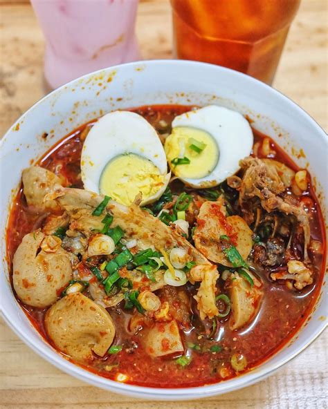 makanan khas indonesia   lezat  coba