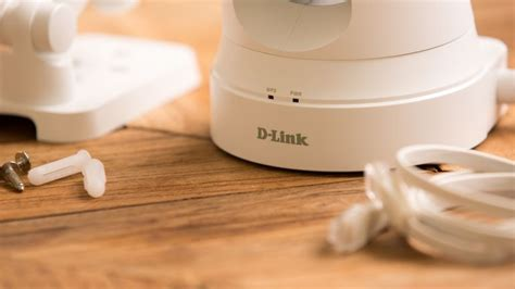 dlink and day d link pan tilt day network review cnet