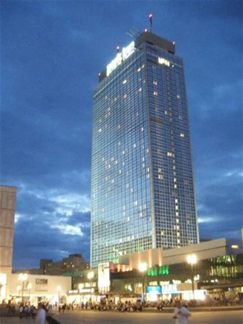 radisson berlin park inn l hotel visto da alexanderplatz picture of park inn by