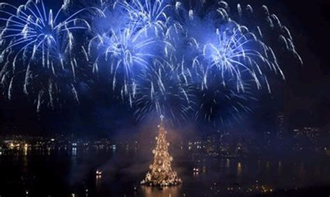 imagenes navideñas con movimiento y brillo imagenes de arboles de navidad con movimiento y brillo