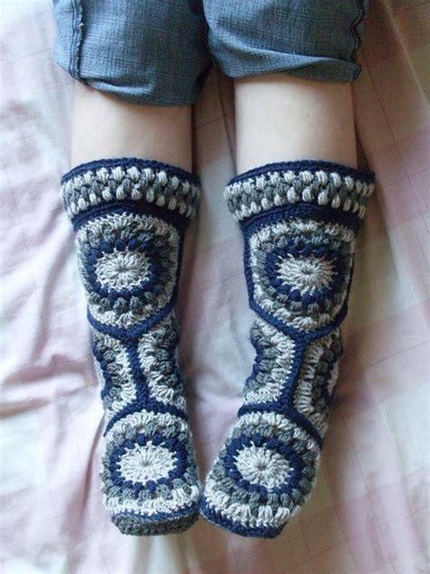 crochet slipper boots tutorial hexagon boot slipper crochet lots of free patterns