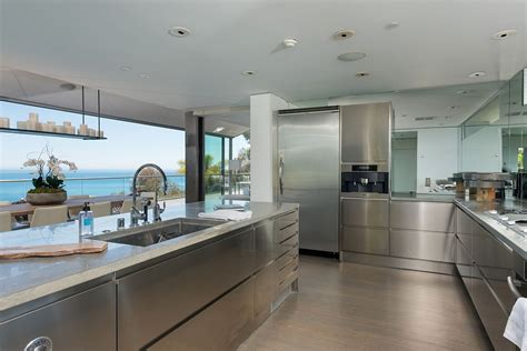 Interior Glass Walls For Homes by Modern Malibu Beach House Rooms With A View Modern