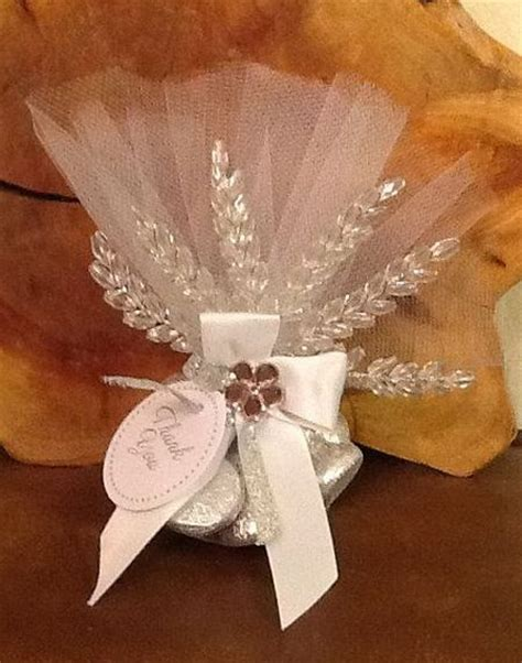 Wedding Favors Hershey Kisses by Hershey S Kisses All White And Favors On