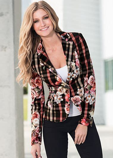 New Venus Blazer plaid and floral blazer 46 i couldn t pull this but i think it s great clothes