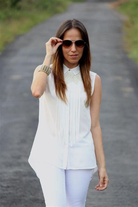 Blanco sobre blanco    Desde el Trópico