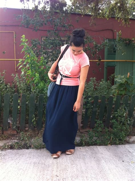 Aida Macxi Pink see it it work it navy maxi and pink top