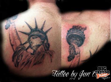 new york themed tattoo jan craig dragonlady continuation of new york theme