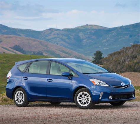 Toyota Prius Per Gallon Toyota Prius Turns 16 How The Hybrid Has Changed