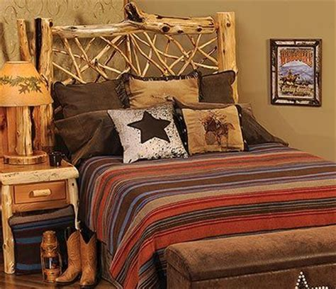 earth tone schlafzimmer the tombstone bedspread combines rich looking earth tone