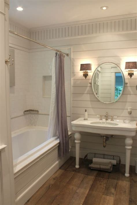 White Bathroom Remodel Ideas by Love This Sweet Farmhouse Bathroom Gorgeous Old Fashioned