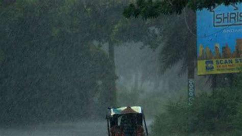 heavy rainfall expected in gujarat maharashtra madhya
