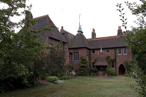 get the look william morris red house the chromologist file red house home of william morris 1 jpg wikimedia