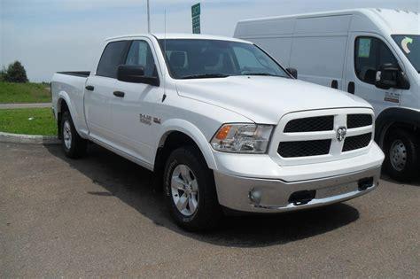 Chrysler Inc by L 201 Toile Dodge Chrysler Inc Concessionnaire Dodge 224