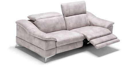 divani con relax divano in pelle divano in tessuto modello villanova con relax