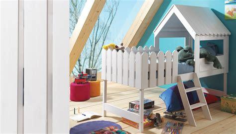 lit cabane en bois massif blanc pour enfant