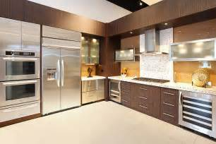 contemporary and modern kitchens what is the difference