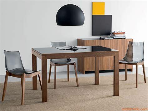 tavoli quadrati allungabili per cucina tavolo vetro nero allungabile tavoli quadrati allungabili